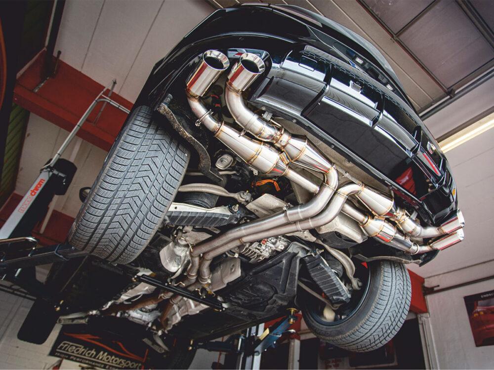 Lamborghini Urus Duplex-Anlage mit Klappensteuerung