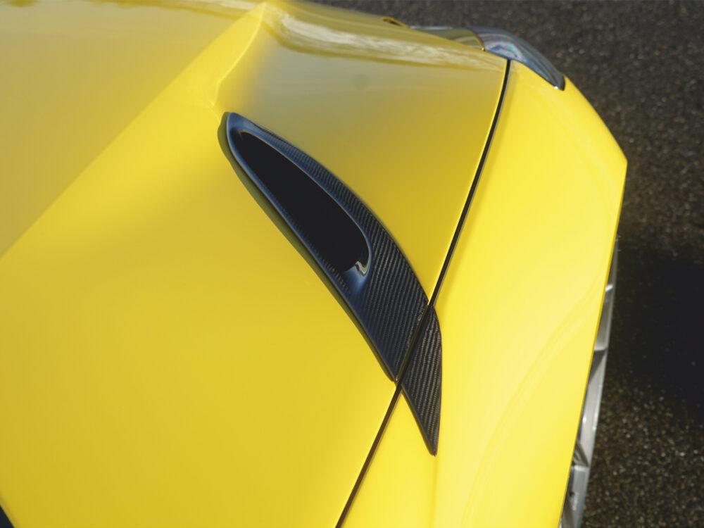Ferrari 812 Superfast Motorhauben-Lufteinsätze