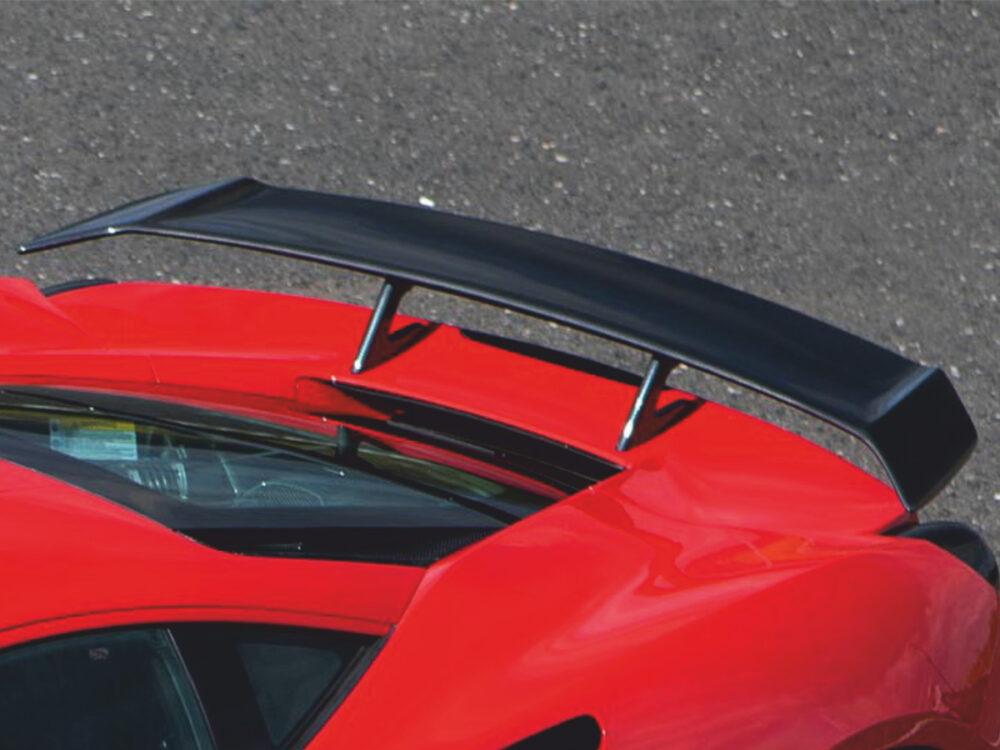 Ferrari 812 Superfast heckfluegel-n-largo