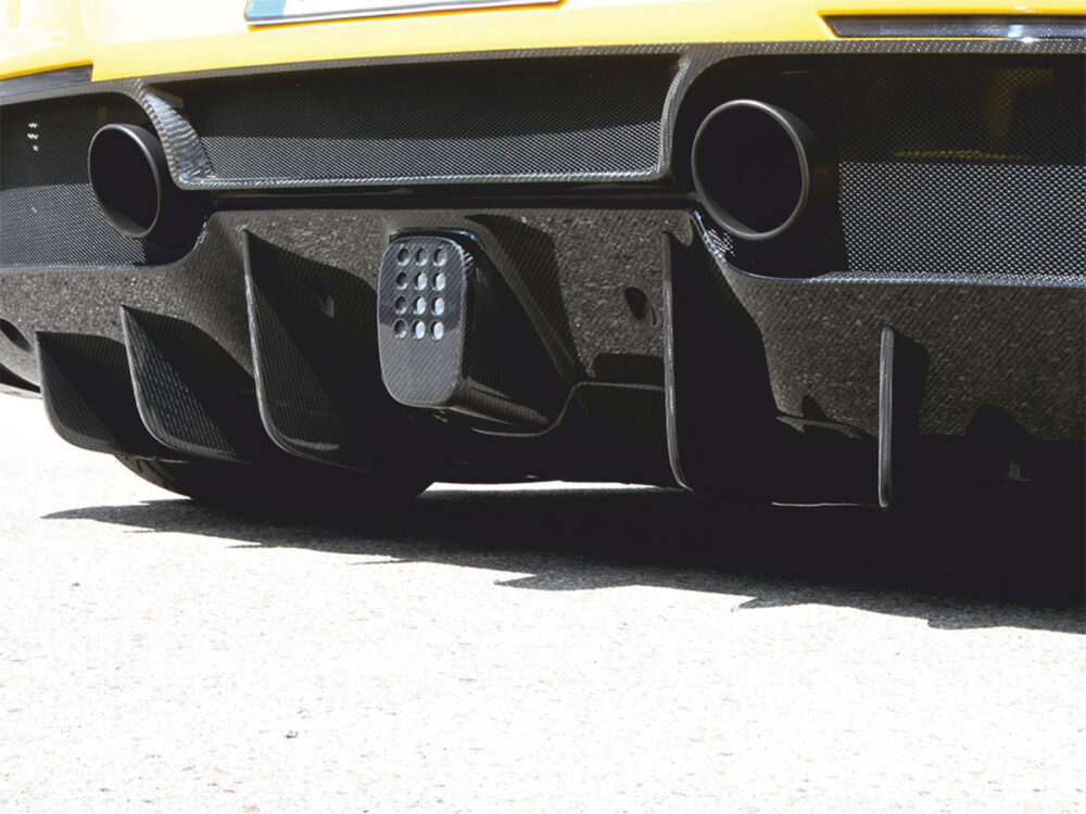 Ferrari 488 GTB Spider Heckdiffusor Luftöffnungen Blenden